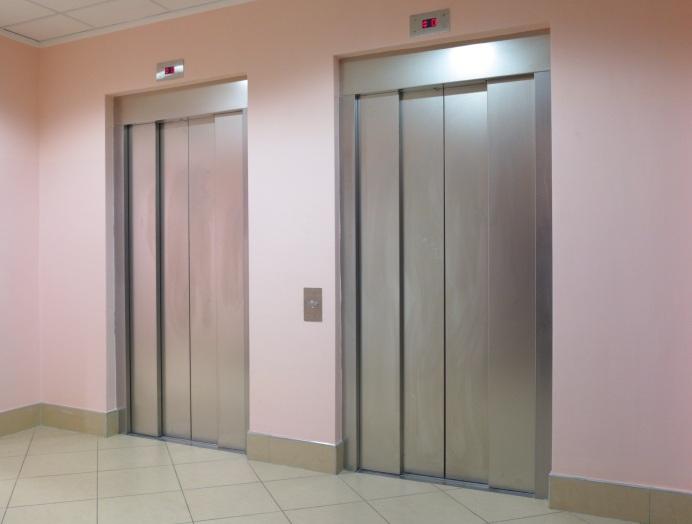Schachttüren von Aufzugtechnik Burghartz