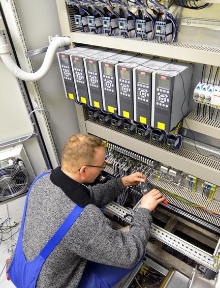 Wartung von Aufzugsanlagen durch Aufzugtechnik Burghartz
